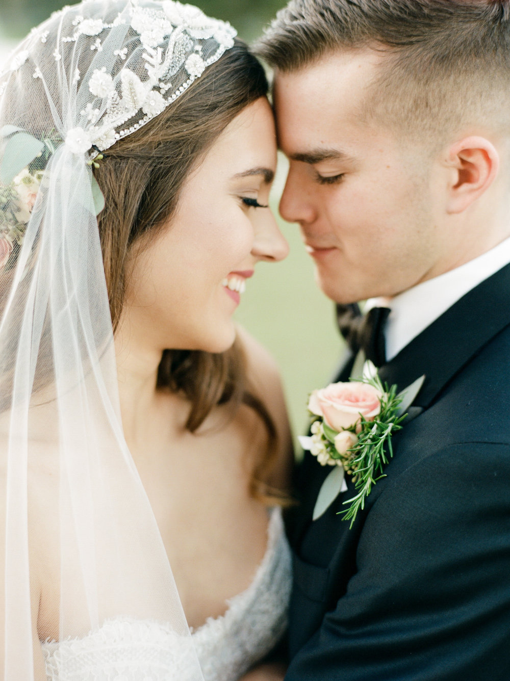 Top-Houston-Wedding-Photographer-Dana-Fernandez-Photography-The-Clubs-At-Houston-Oaks-Country-Club-Belle-Events-Film-Fine-Art-Destination-9.jpg