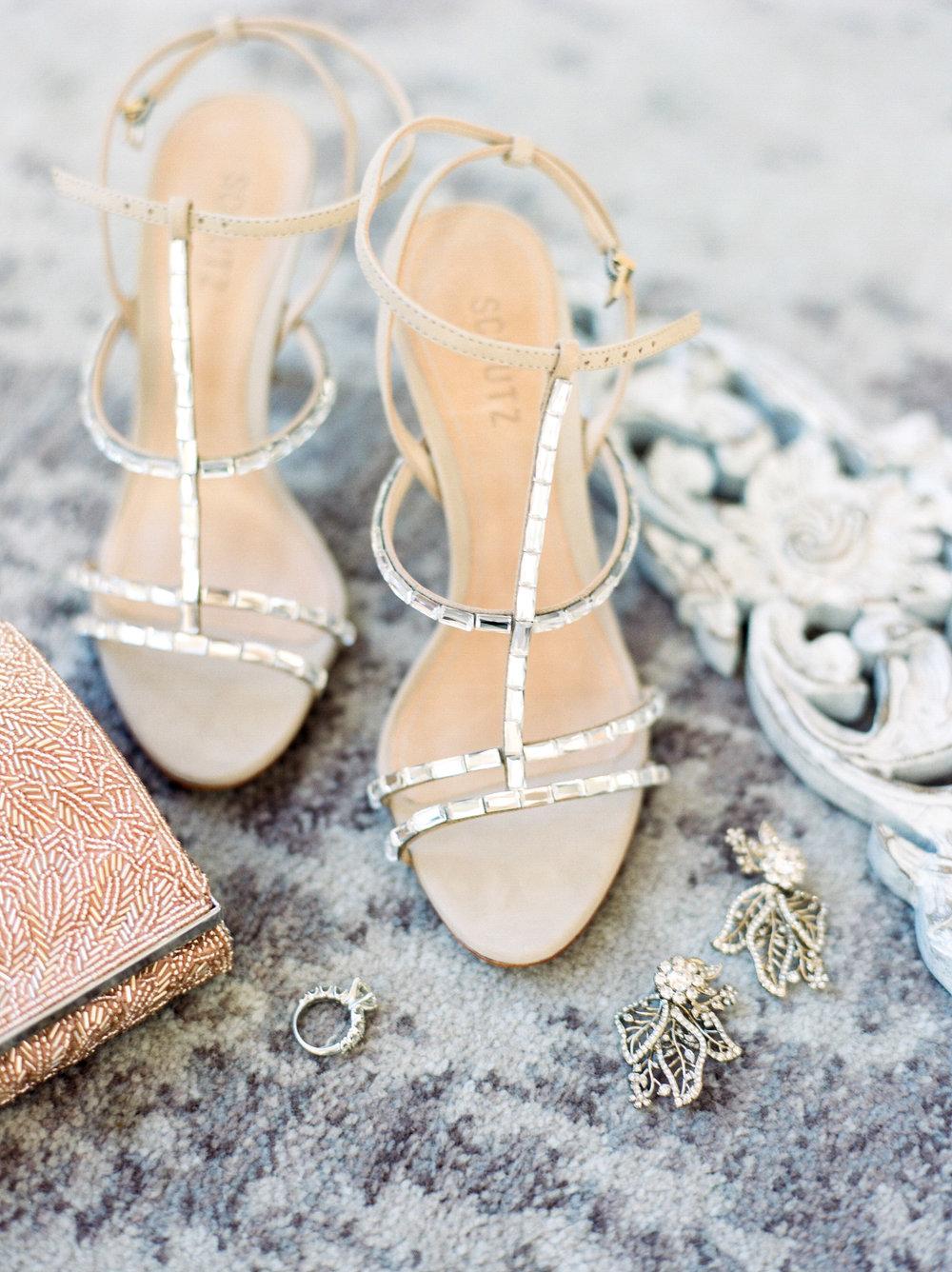 Houston-Wedding-Photographer-Lakeside-Country-Club-First-Look-Bride-Groom-Formals-Film-Fine-Art-Photography-5.jpg