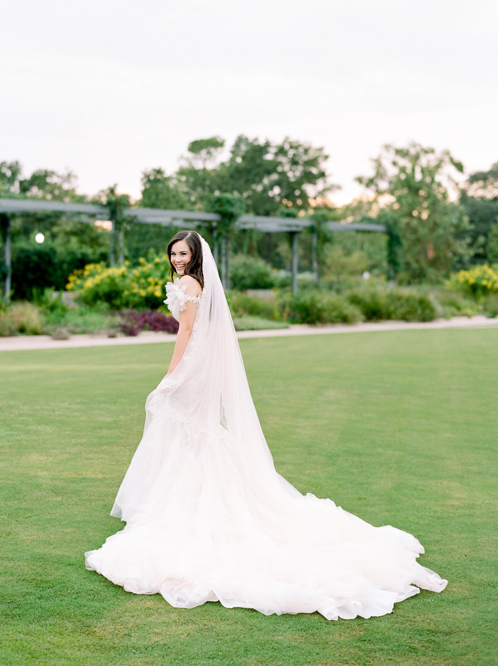 Fine-Art-Film-Houston-Wedding-Photographer-Best-Top-Luxury-Texas-Austin-Dallas-Destination-Dana-Fernandez-Photography-Portrait-Bridals-McGovern-Centennial-Gardens-8.jpg