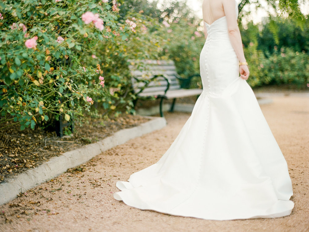 mcgovern-centennial-gardens-wedding-houston-wedding-photographer-bridals-film-austin-wedding-photographer-4.jpg