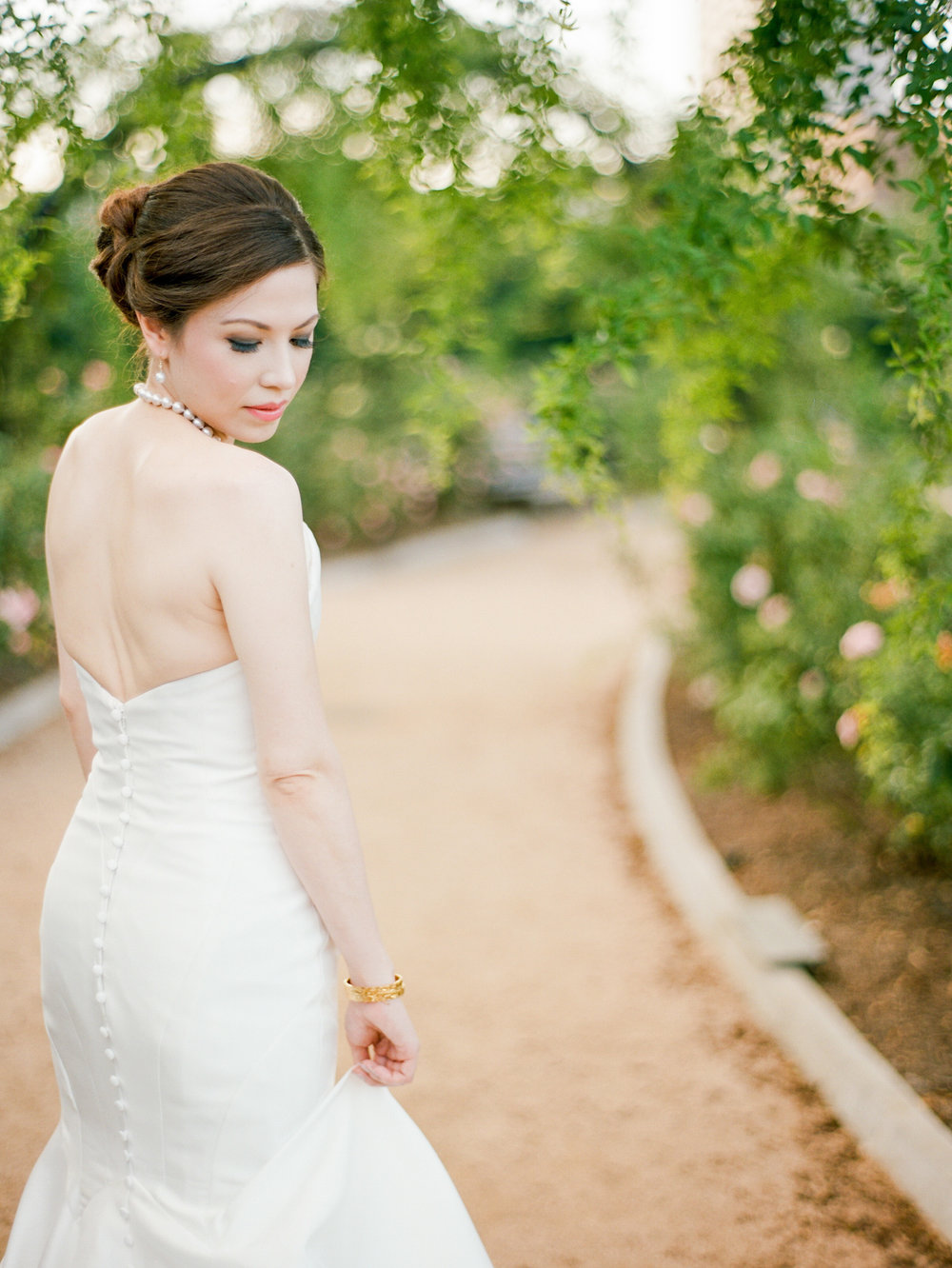 mcgovern-centennial-gardens-wedding-houston-wedding-photographer-bridals-film-austin-wedding-photographer-3.jpg