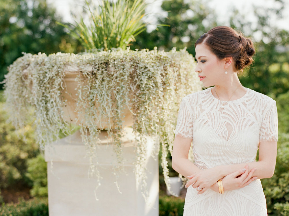 mcgovern-centennial-gardens-wedding-houston-wedding-photographer-bridals-film-austin-wedding-photographer-11.jpg