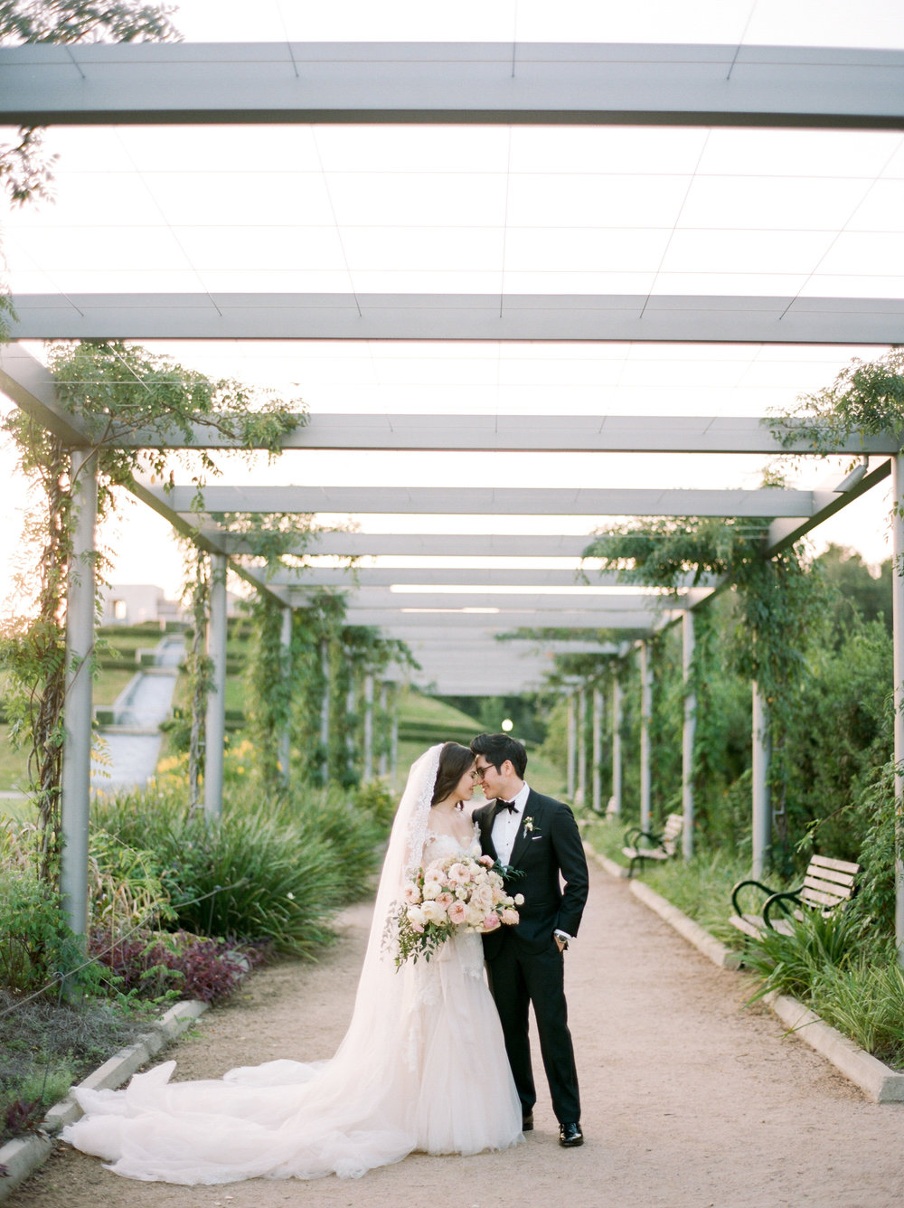 Martha-Stewart-Wedding-Dana-Fernandez-Photography-Josh-Texas-Film-Houston-Wedding-Fine-Art-Photographer-McGovern-Centennial-Gardens-Top-Best-37.jpg