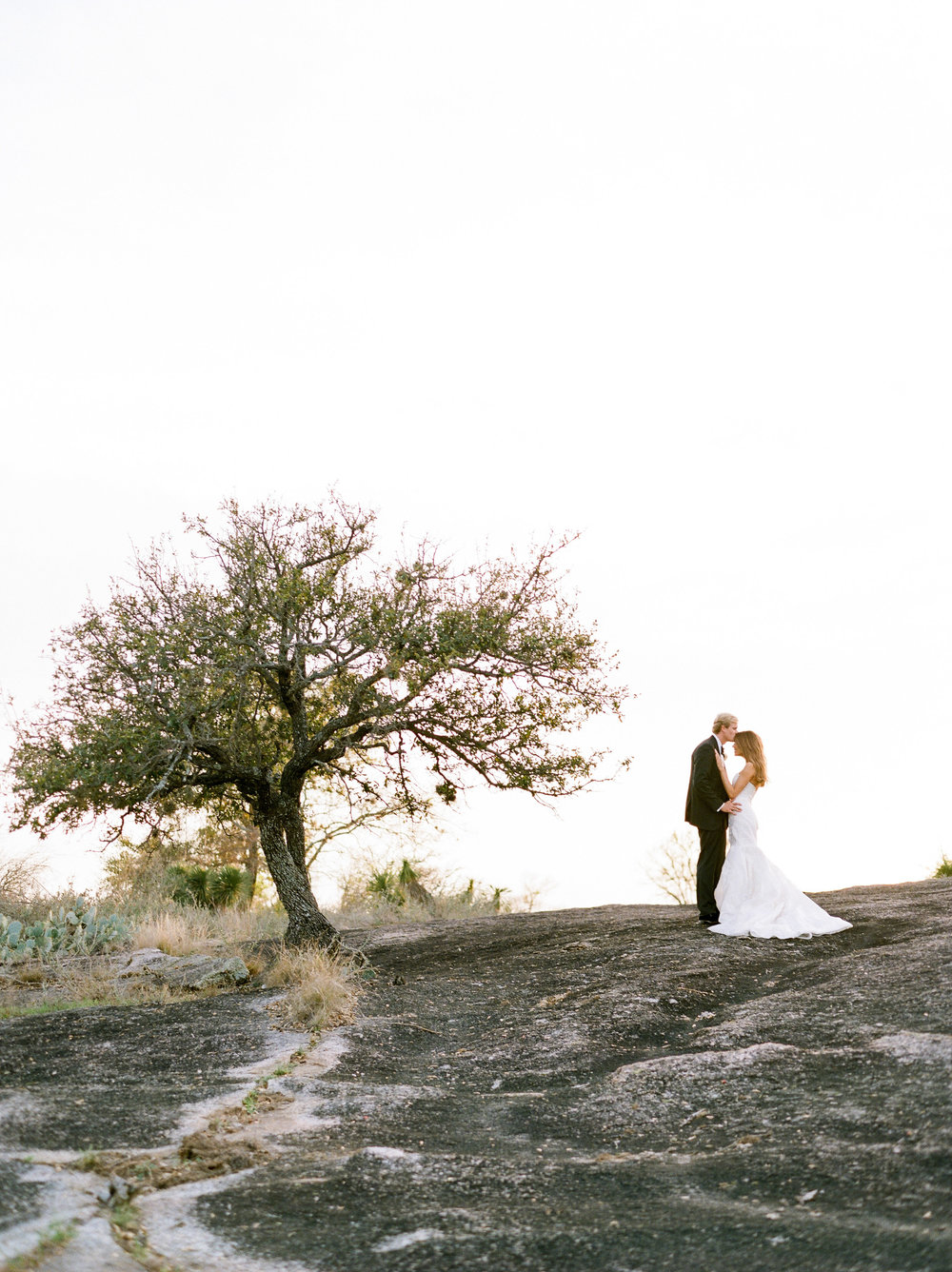 Escondido-Golf_Lake-Club-Hill-Country-Houston-Wedding-Photographer-Best-Top-Luxury-Destination-Engagements-Portrait-Austin-Photography-32.jpg