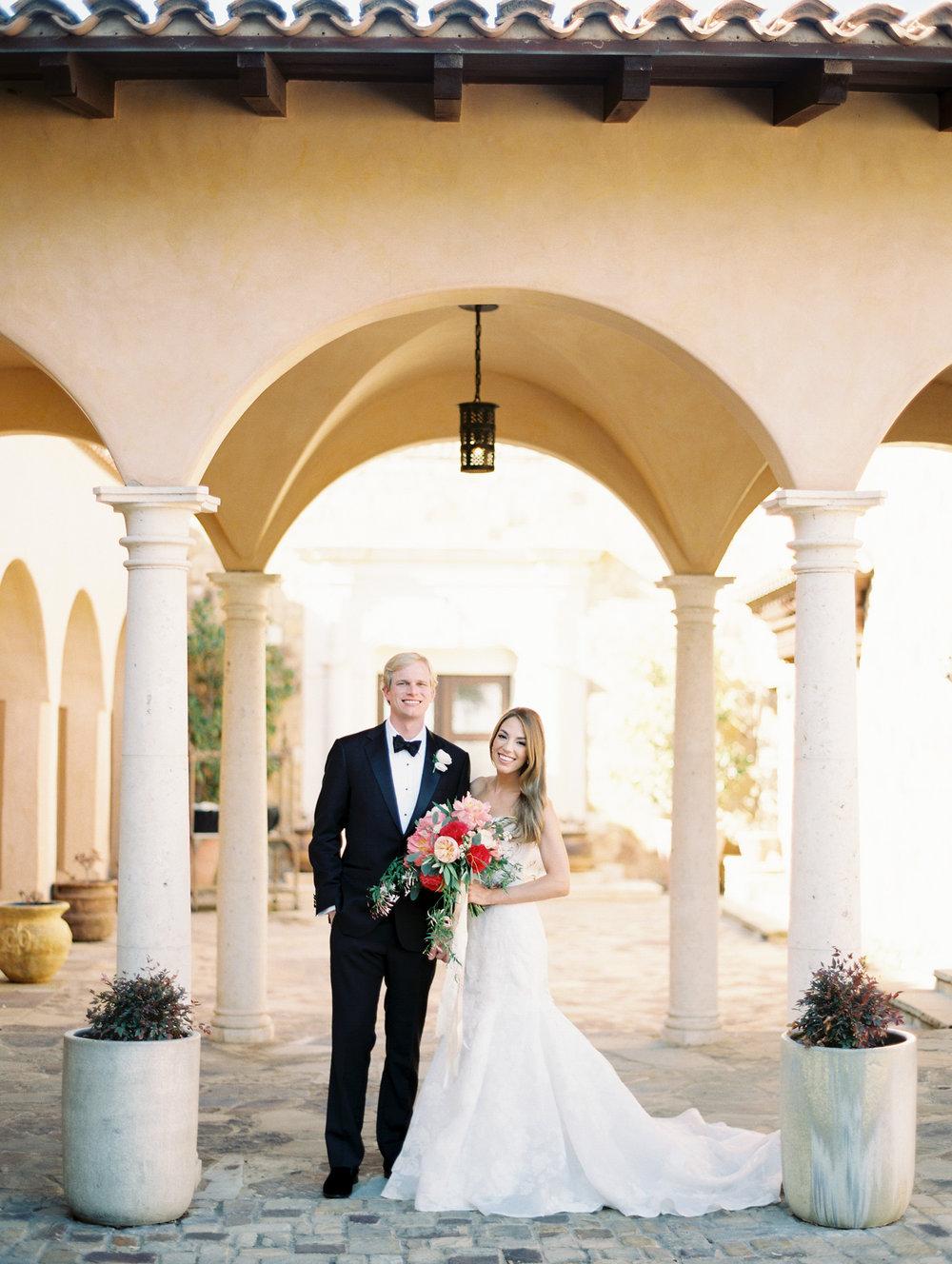 Escondido-Golf_Lake-Club-Hill-Country-Houston-Wedding-Photographer-Best-Top-Luxury-Destination-Engagements-Portrait-Austin-Photography-1.jpg