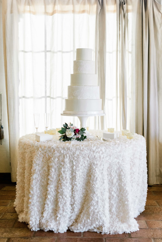 Escondido-Golf_Lake-Club-Hill-Country-Houston-Wedding-Photographer-Best-Top-Luxury-Destination-Engagements-Portrait-Austin-Photography-130.jpg