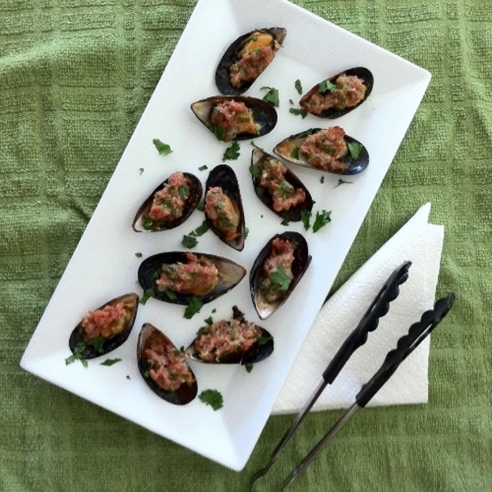 Prosciutto Stuffed Mussels for #tapastuesday on TooIntoIt.com