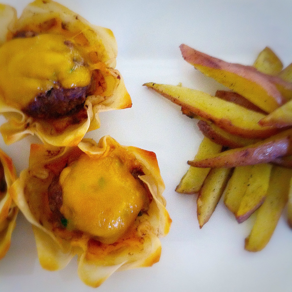 Cheeseburger Bites & Baked Fries on TooIntoIt.com!