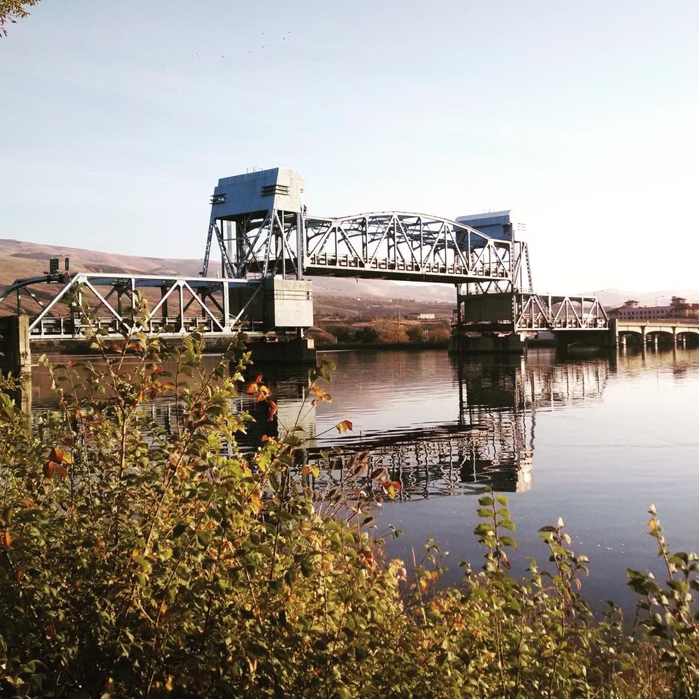 Snake River Drawbridge connecting Clarkston with Lewiston, Washington with Idaho.