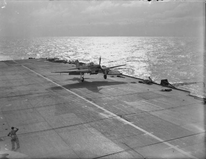 Formidable_Fulmar_May42_Landing.jpg