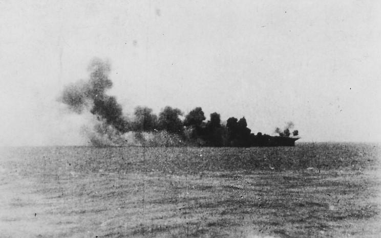 11- HMS Formidable bombs (26-05-1941).jpg