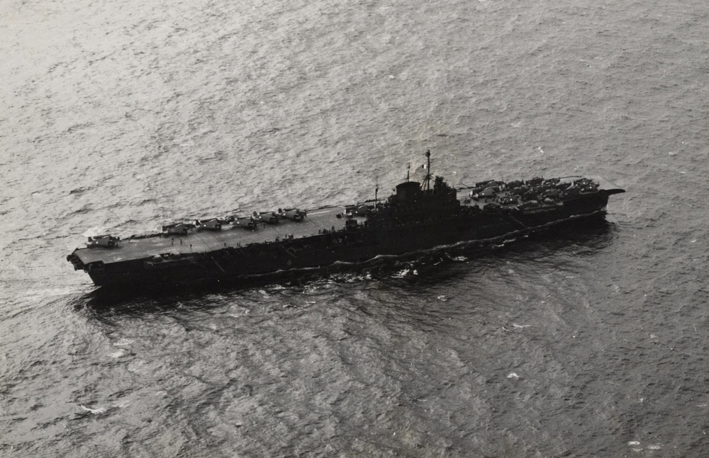 "HMS VICTORIOUS as ""USS ROBIN"" in 1943."