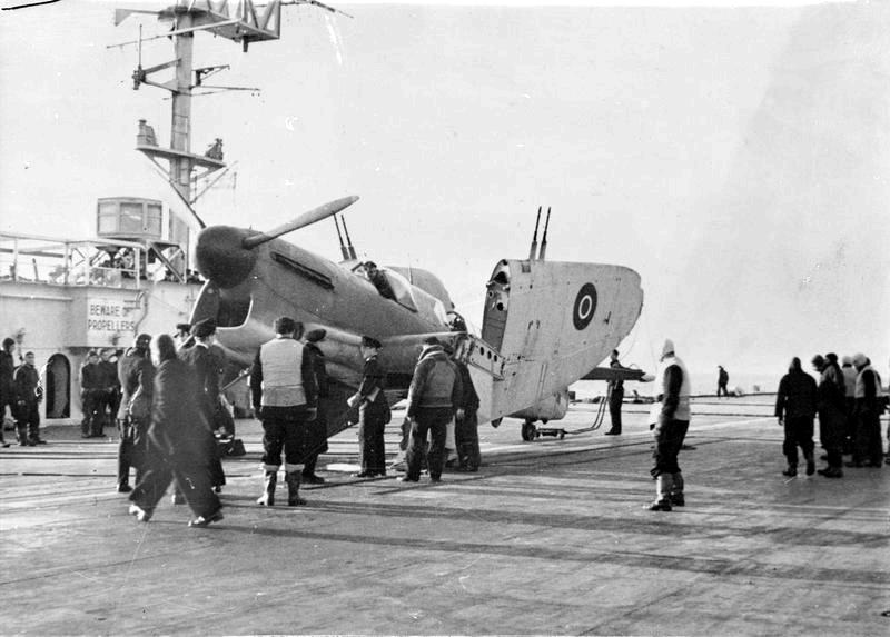 pretoria-castle-escort-aircraft-carrier-firefly-i-imperial-war-museum-a23561.png