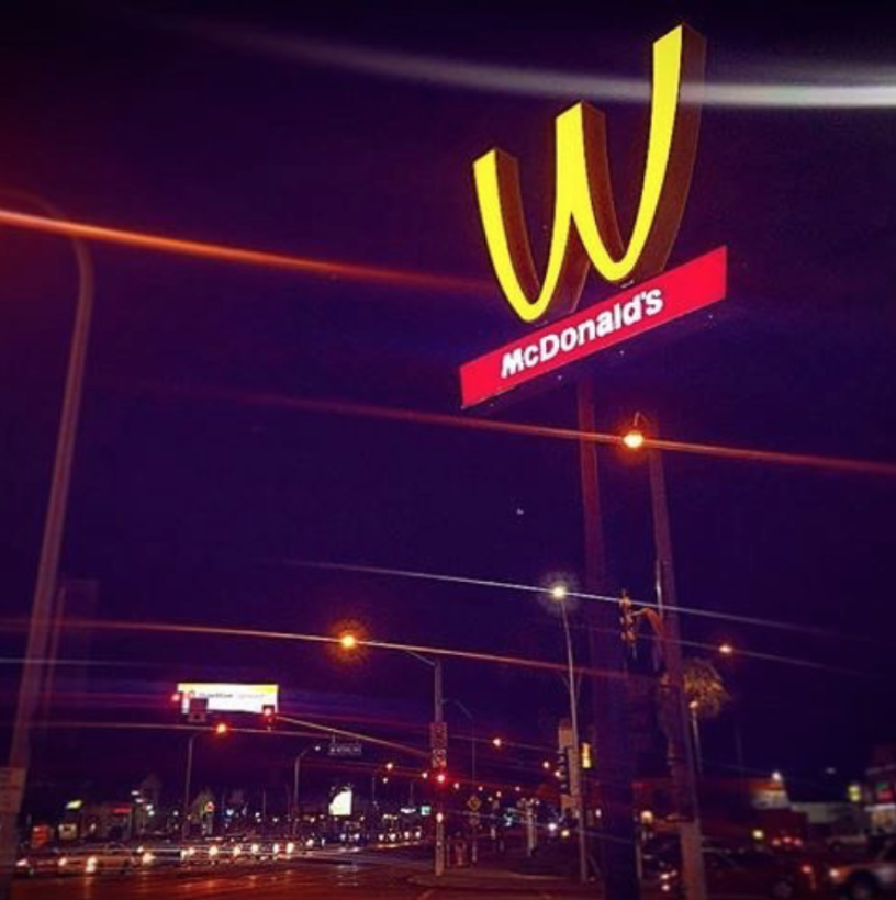 mcdonalds-womens-day-stunt-sign-photography