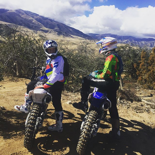 Proper Valentines Day celebrated with my Woes ✌️ @roganweiss @dashdoesntdosocialnomore #yz250fx