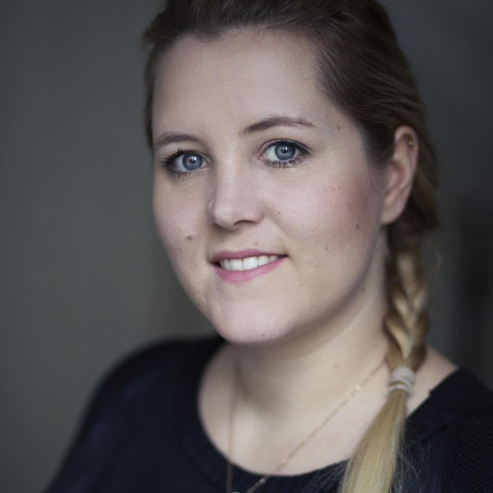 Julie-Ann Trachsel - MentaltrainingImprotheater