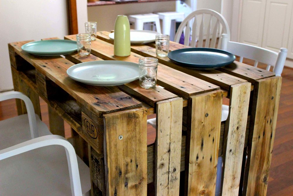 osprey, dining table/desk