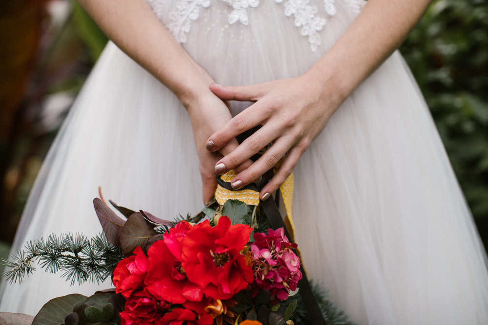 clairebyrnephotography-styled-shoot-huntingbrook-gardens-inspiration-weddings-woods-forest-8.jpg