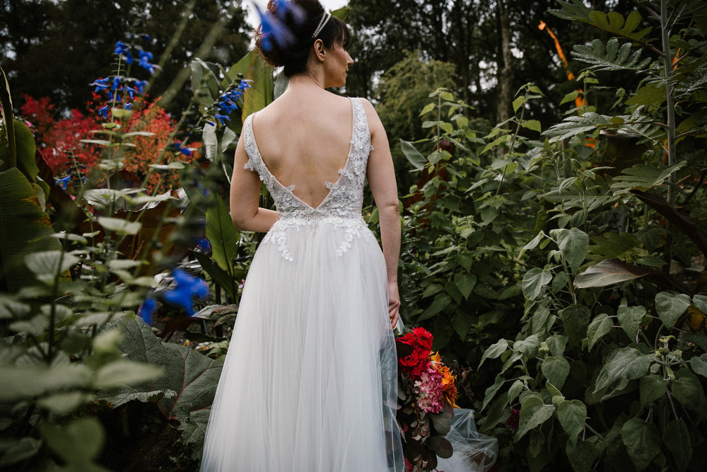 clairebyrnephotography-styled-shoot-huntingbrook-gardens-inspiration-weddings-woods-forest-10.jpg