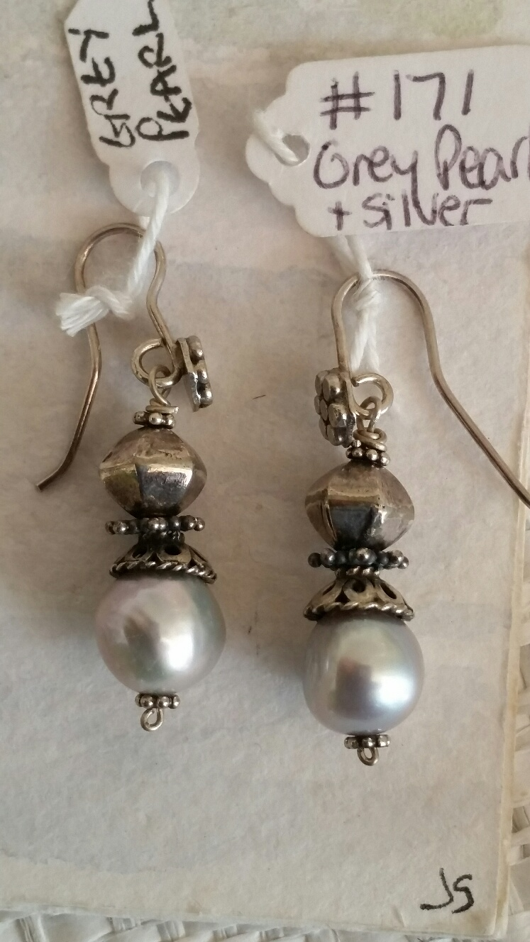 Title: Grey Pearl & Stirling Silver Earrings #171