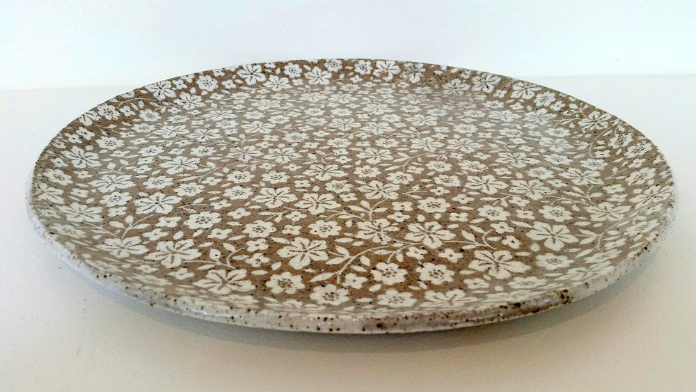 SPECKLED CHERRY BLOSSOM PLATTERS