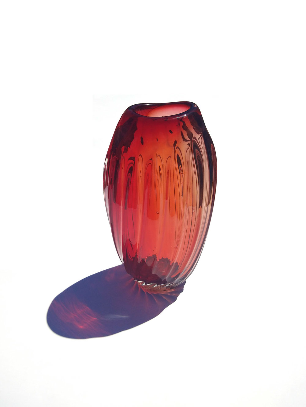 TALL RED VASE (OPTICALS RANGE)