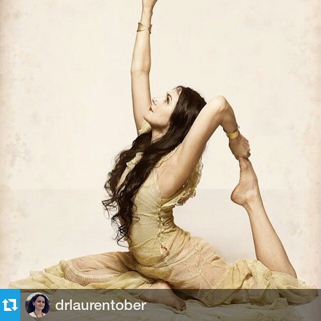 #Repost @drlaurentober ・・・ I've invited some of the world's best yoga teachers and musicians to be guest teachers on A Daily Dose of Bliss. Sharon Gannon, founder of @jivamuktinyc is one of these amazing teachers. She'll be joining us in the online shala to share her wisdom. Early bird price is still open, sign up now www.adailydoseofbliss.com