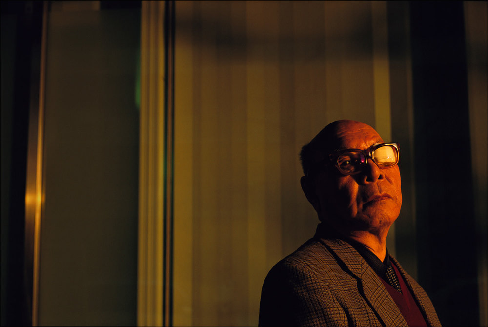 His face shredded by the atomic blast, Hiroshima survivor, Hiroto Kuboura, is on a mission to bring other survivors out of the dark where they live between reverence and discrimination in Japanese society.