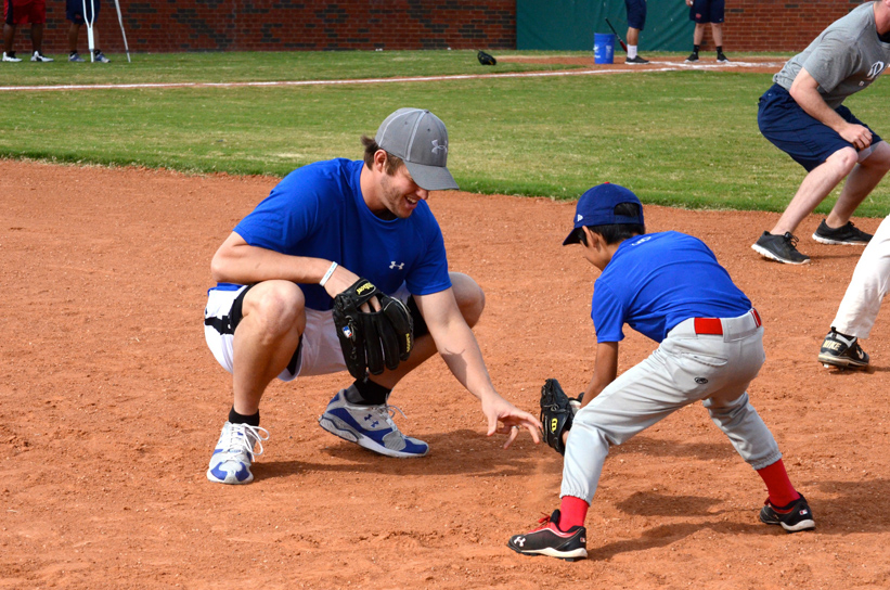 Clayton hosting a baseball clinic for Mercy Street, Dallas