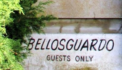 a_sign_bellosguardo.jpg