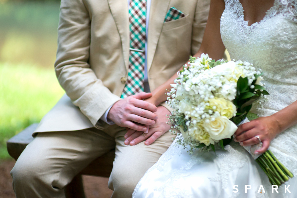 Pictured Above : Nate's beige linen tuxedo was found at  Men's Wearhouse .