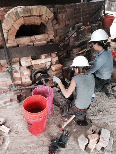 Casey Weis and Jean Jang repointing.