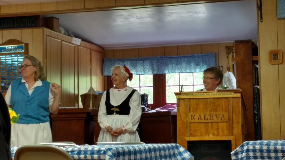 At the Kaleva Lodge, the Knights and Ladies of the Kaleva cooked up a traditional Finnish lunch of fish stew, homemade bread, and rice pudding. What a treat it was!