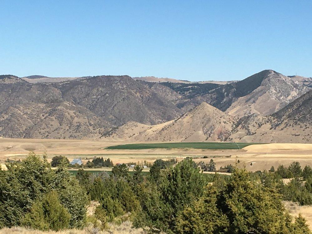 Powell Barn landscape 2.JPG