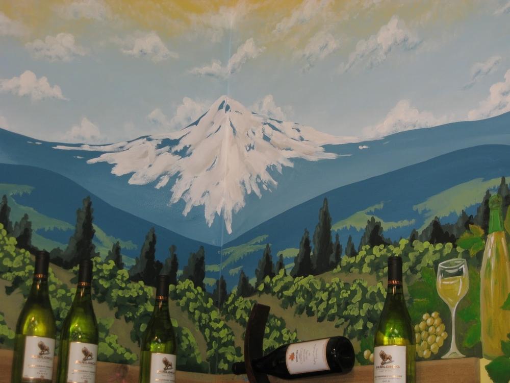Mount Hood Mural -Leah Garcia