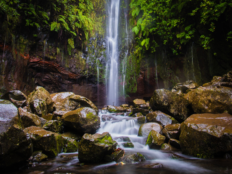 Cascata das Vinte e Cinco Fontes