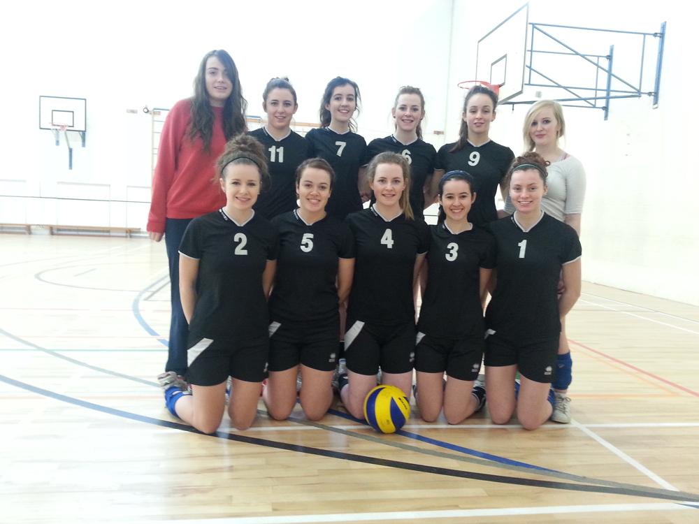 senior-volleyball-team.jpg