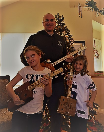 Christmas guitar family 2016.jpg