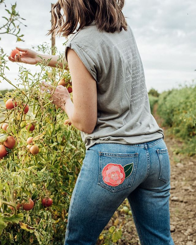 Show us your patch!!! So @humanipilates has created these super cute Sacramento inspired patches and 100% of the proceeds will be benefiting @landbasedlearning!  Pick yours up at @displaycalifornia , @themillsacramento @publiclandstore or at @humanipilates  Design - @happarabbit  Model - @maria_bardet 📷- @christinethephotographer  #sacfarm2fork #visitsacramento #loveyourcity916 #saclovepatches #cagrown #camilia