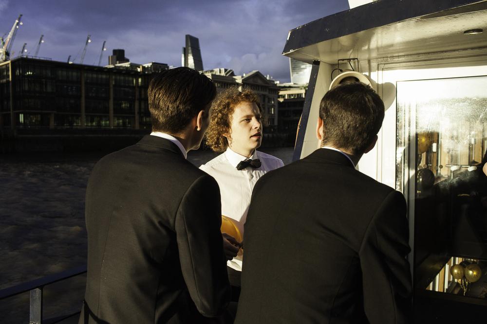 Adrian Fisk-ThamesRiverPartyBoat-17.jpg