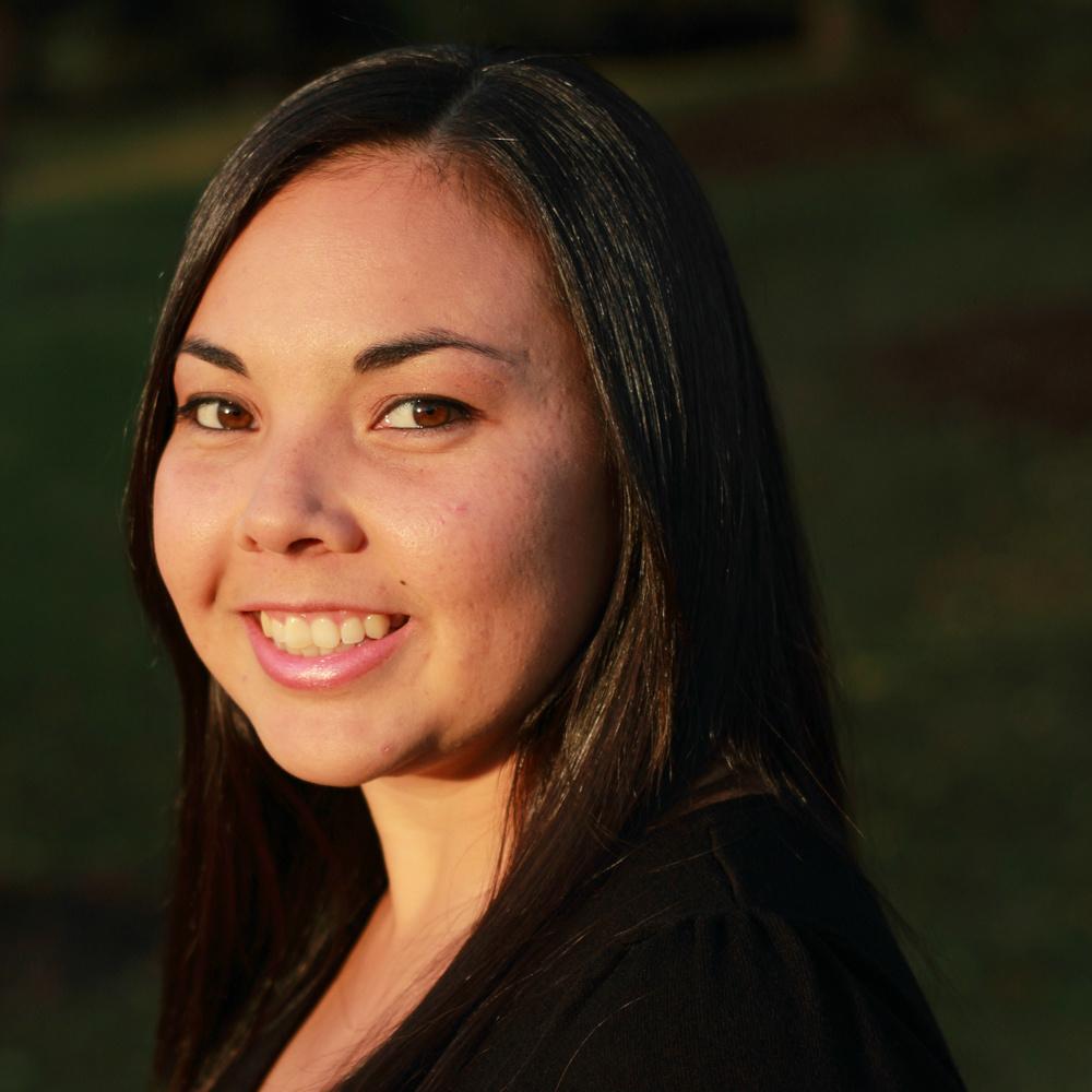 Robyn Petrik, Copywriter || MrsRobbinsSparkles.com