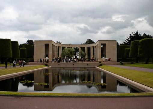 American Cemetery in Normandy || MrsRobbinsSparkles.com