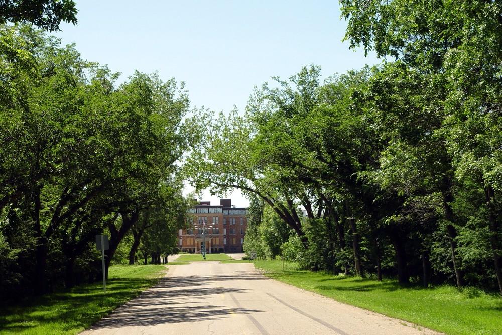 Saskatchewan drive 2.jpg