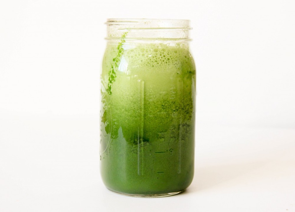 THE REBECCA as seen on FULL PLATE 13abc: 1 jalapeno 1 head romaine lettuce 1 lemon 1 green apple 1 bunch wheatgrass 4 celery stalks Juice it all up and enjoy a spicy metabolism wake me up!
