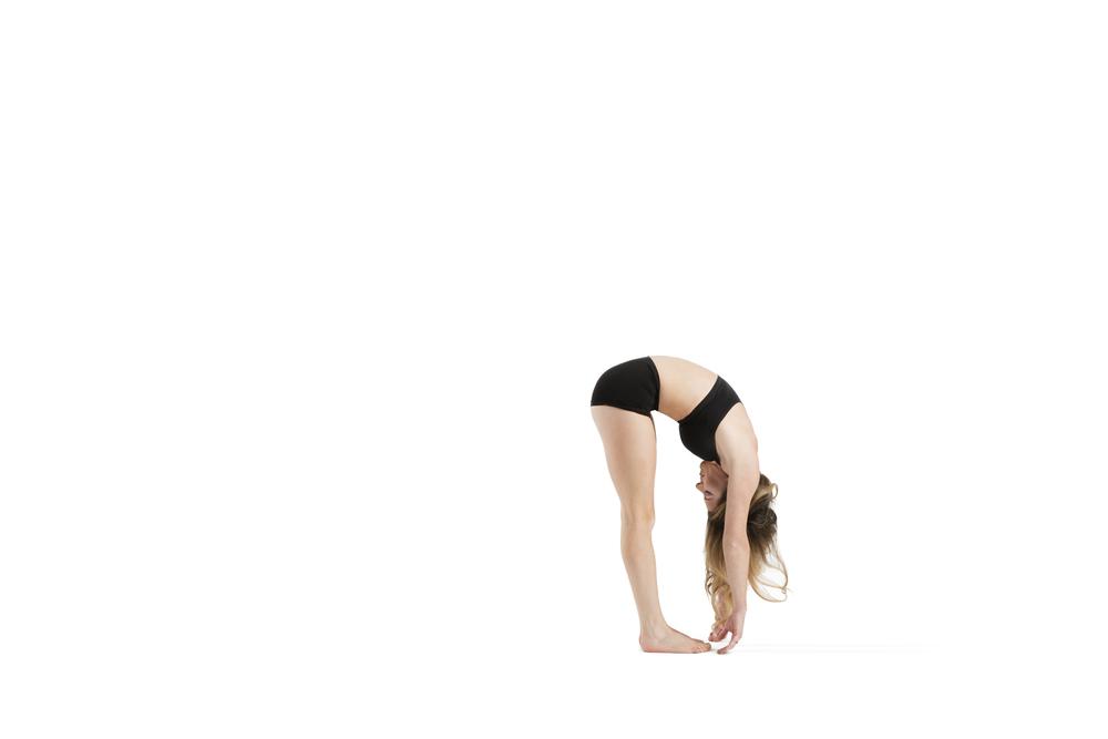 Lengthen the limbs. Maintain tight tummy. 3 breaths