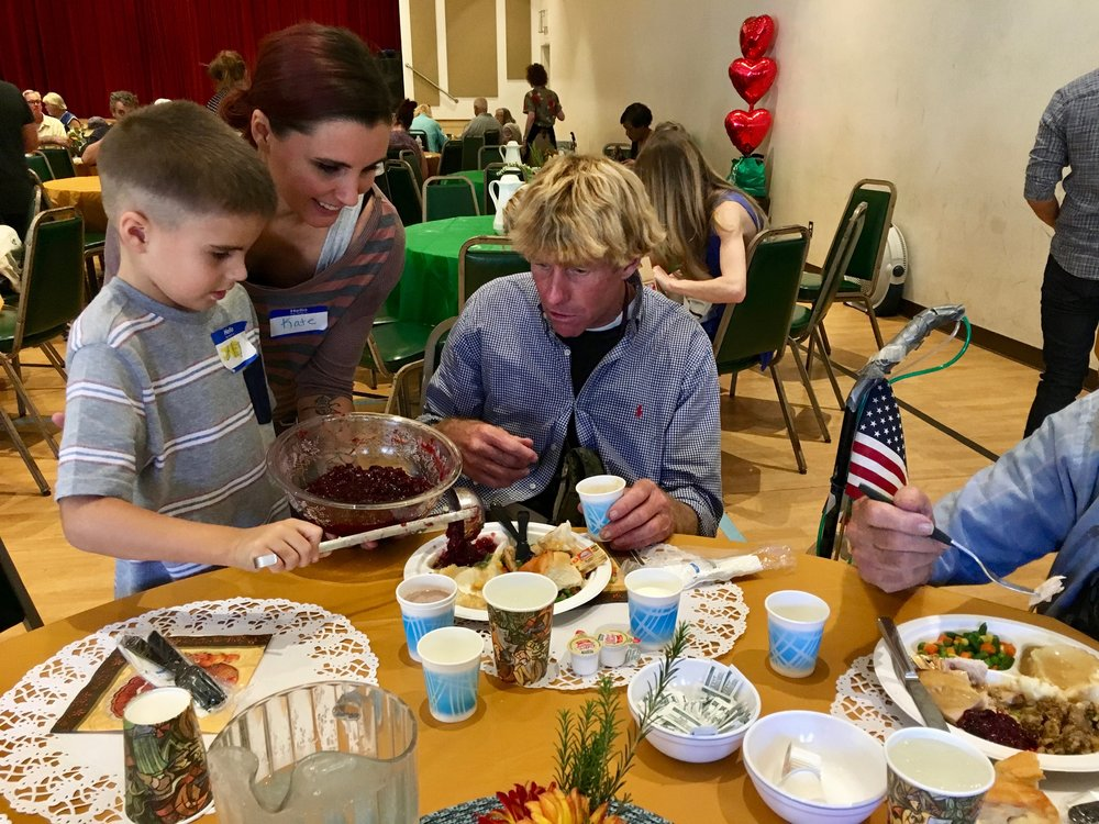 Serving hundreds of homeless a Thanksgiving Dinner
