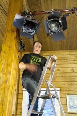 Samppa Hirvonen työnteossa eilen Enossa - kuva Olli-Pekka Mahrberg    Flickr:  http://flic.kr/p/bjoWv8