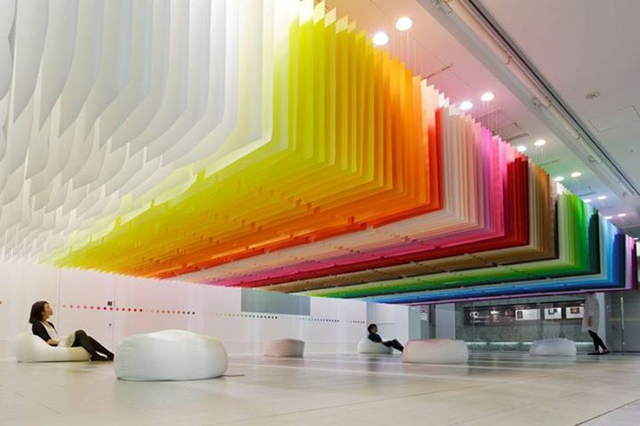 Emmanuelle Moureaux uses sheets of paper to create a floating rainbow for the Shinjuki Creators Festa.   via designboom    http://bit.ly/16hFACn