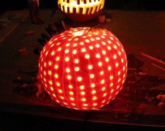 Our friends at Snarkitecture got together with Sight Unseen last night to host an artist pumpkin contest, here are the results.    http://bit.ly/19VuQ1q
