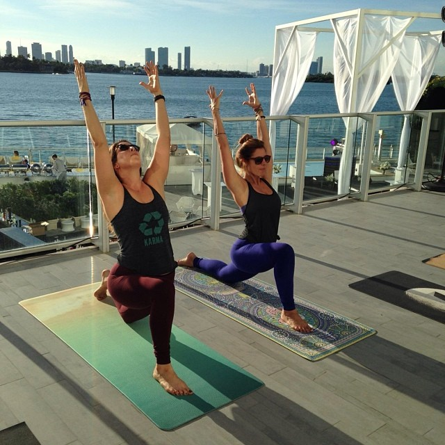 Sunset class on @mondrianhotels balcony with @lululemon